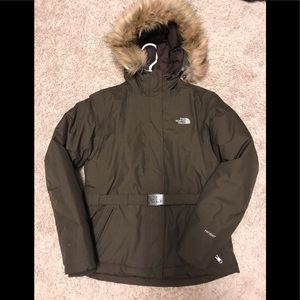 North face Woman's Hyvent Parka